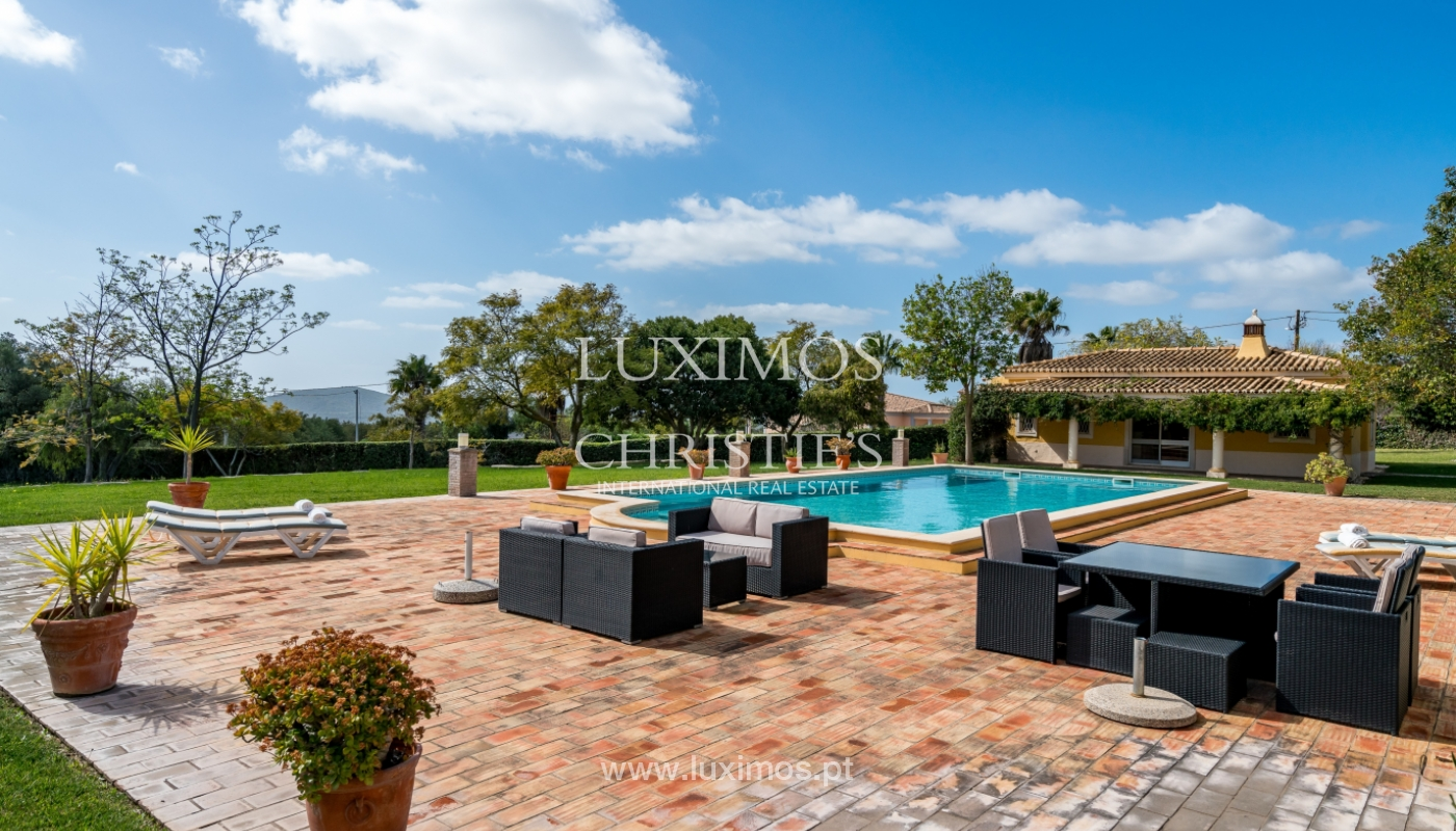 Sale of villa with pool and garden in Loulé, Algarve, Portugal_136050