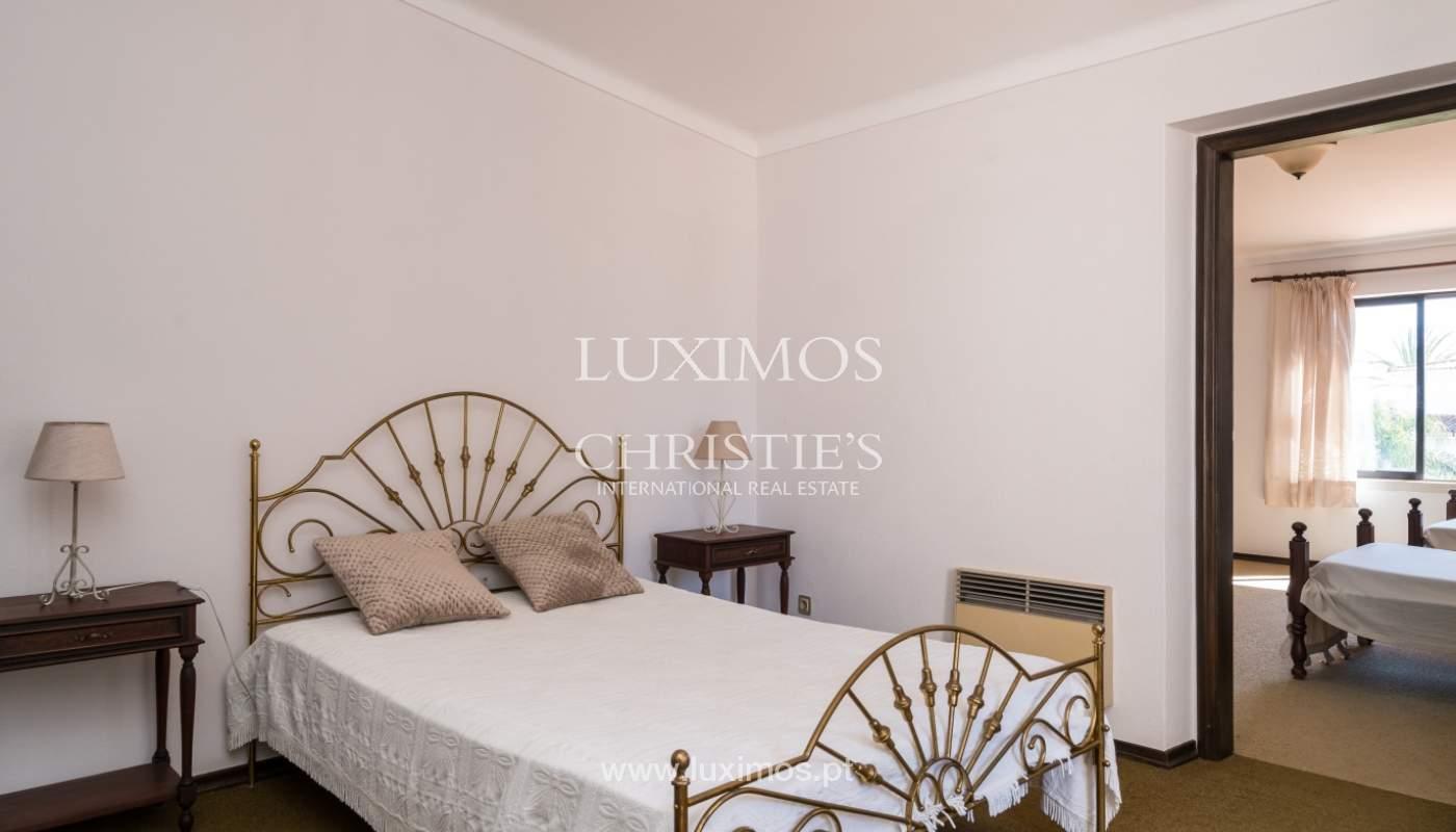 Maison à vendre avec piscine à Porches, Lagoa, Algarve, Portugal_136499