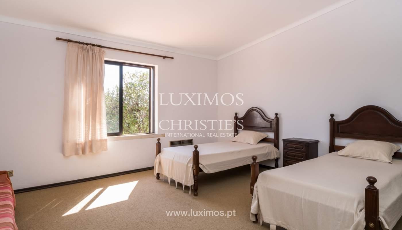 Maison à vendre avec piscine à Porches, Lagoa, Algarve, Portugal_136502