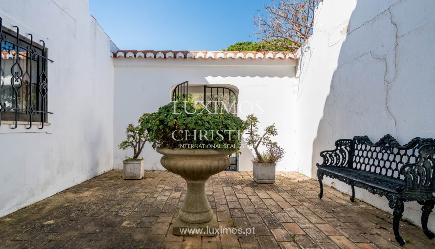 Sale of house with pool in Porches, Lagoa, Algarve, Portugal_136517