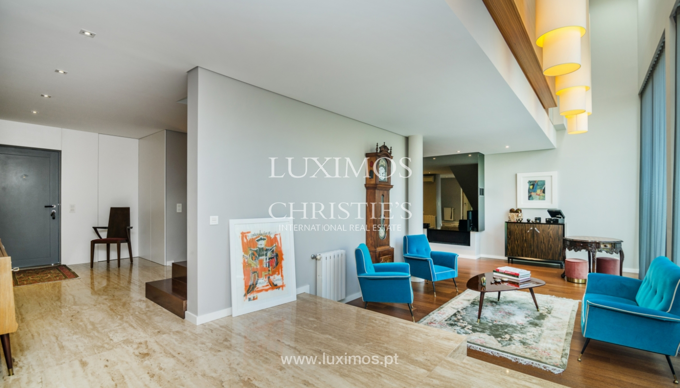 Modern house for sale, near the city park, in Porto, Portugal_136608