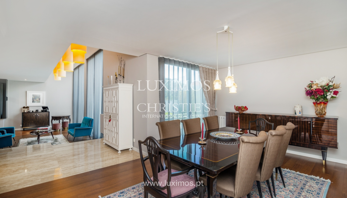 Modern house for sale, near the city park, in Porto, Portugal_136609