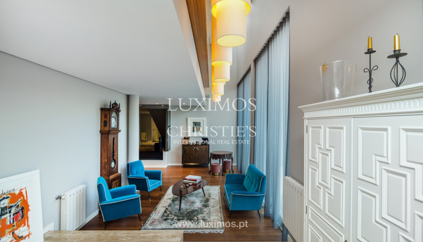 Modern house for sale, near the city park, in Porto, Portugal_136610