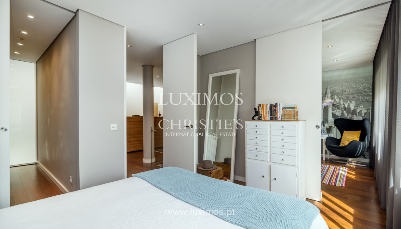 Modern house for sale, near the city park, in Porto, Portugal_136615