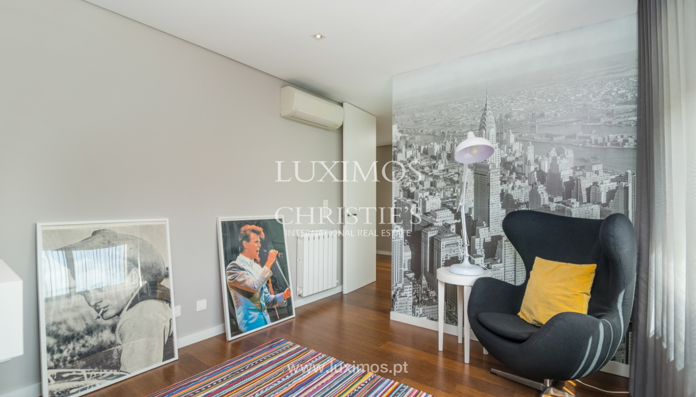Modern house for sale, near the city park, in Porto, Portugal_136616