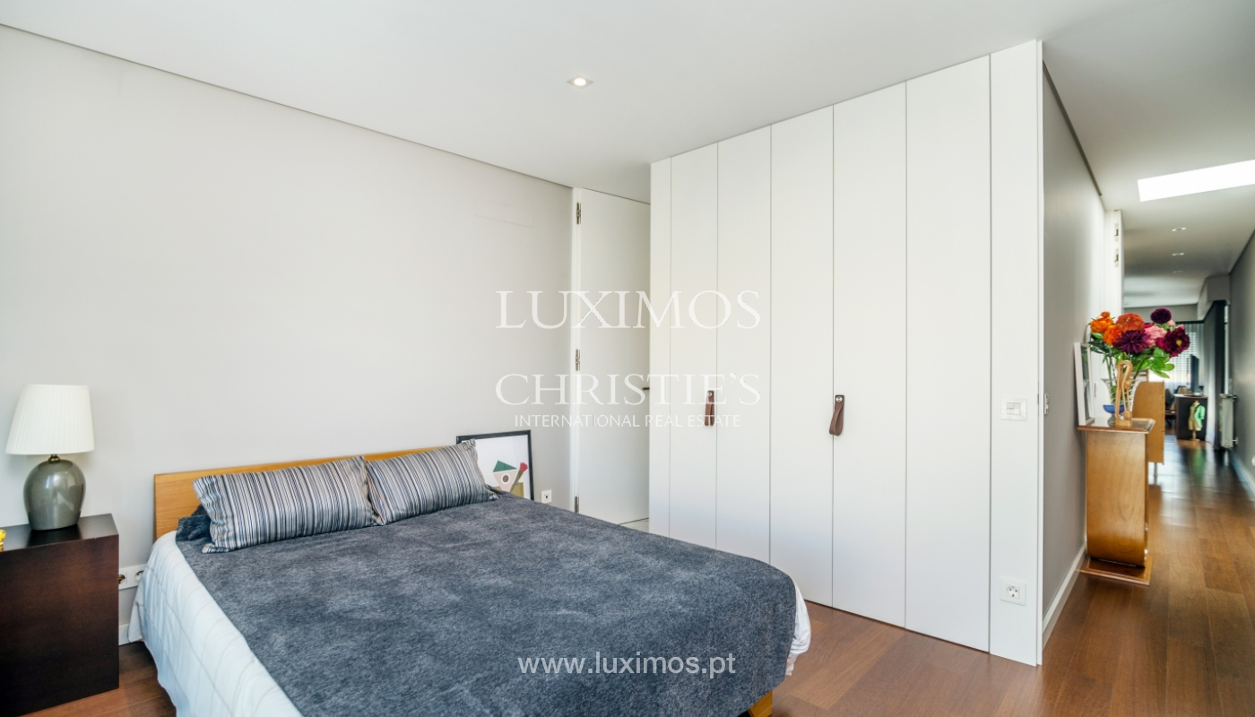 Modern house for sale, near the city park, in Porto, Portugal_136621