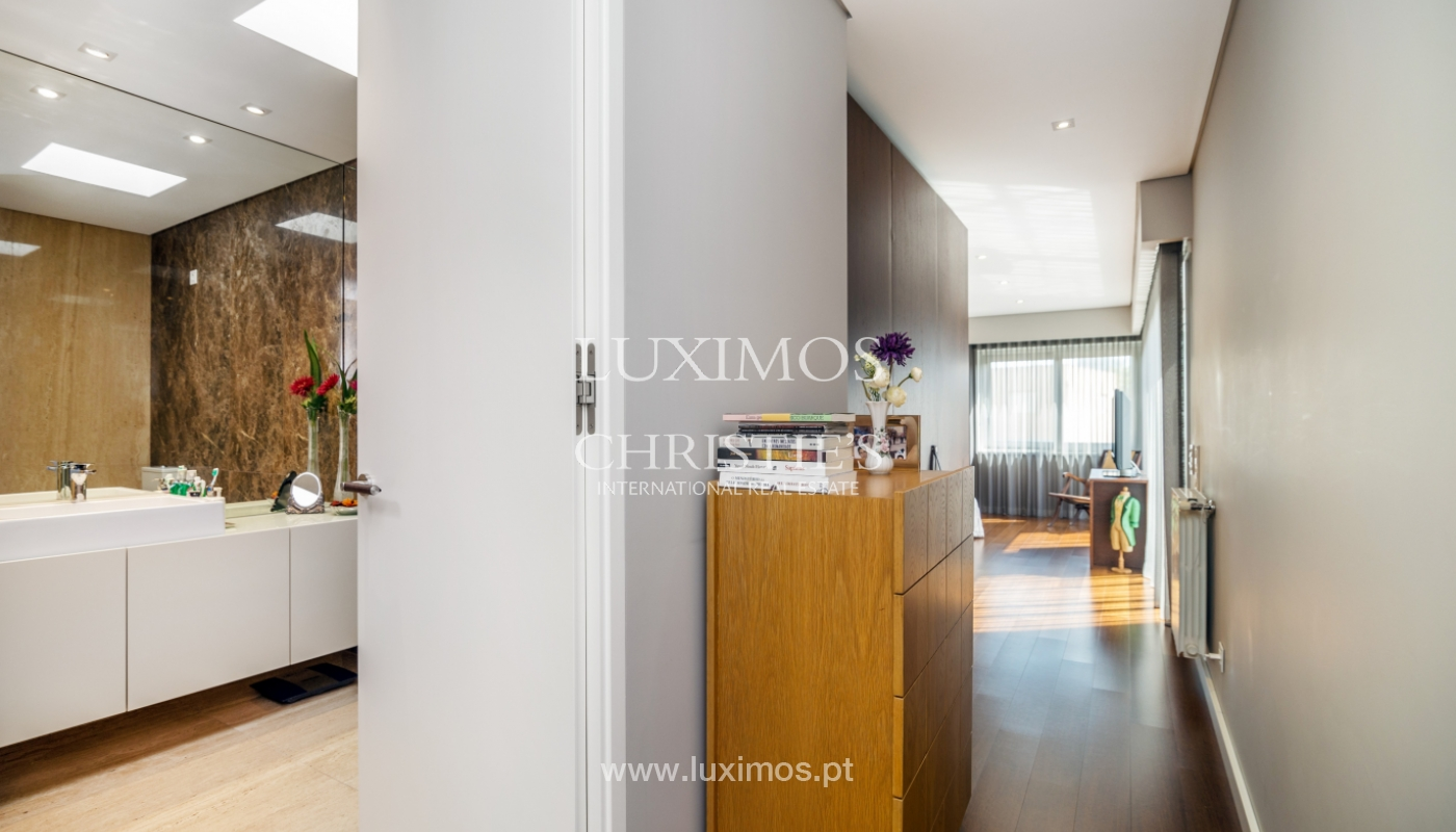 Modern house for sale, near the city park, in Porto, Portugal_136625