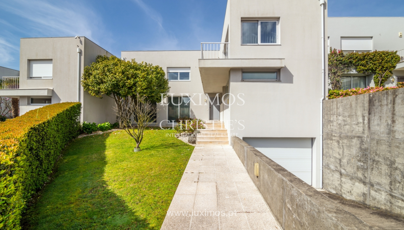 Modern house for sale, near the city park, in Porto, Portugal_136626