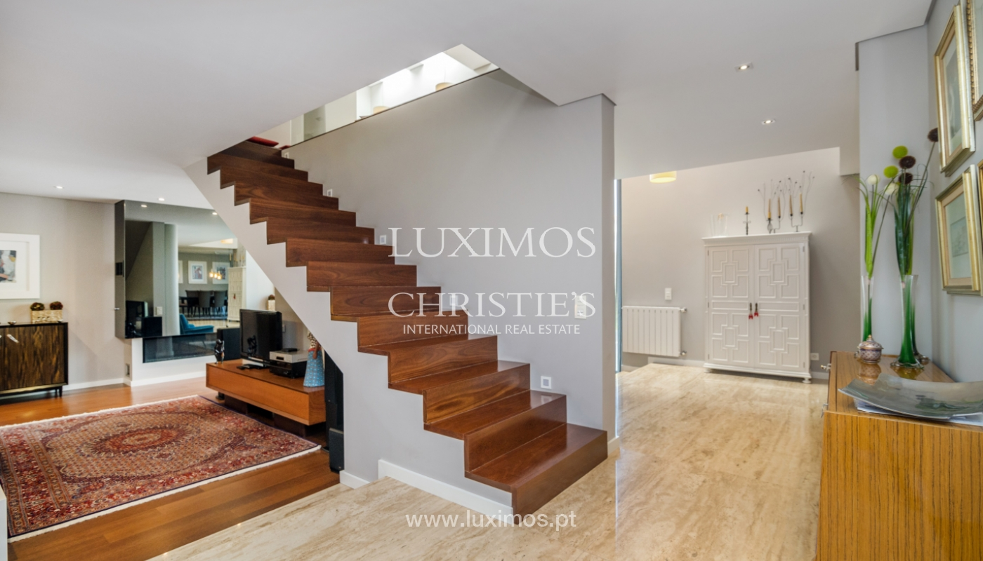 Modern house for sale, near the city park, in Porto, Portugal_136627