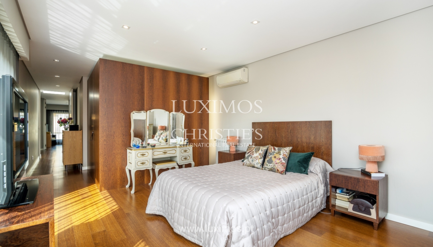 Modern house for sale, near the city park, in Porto, Portugal_136628