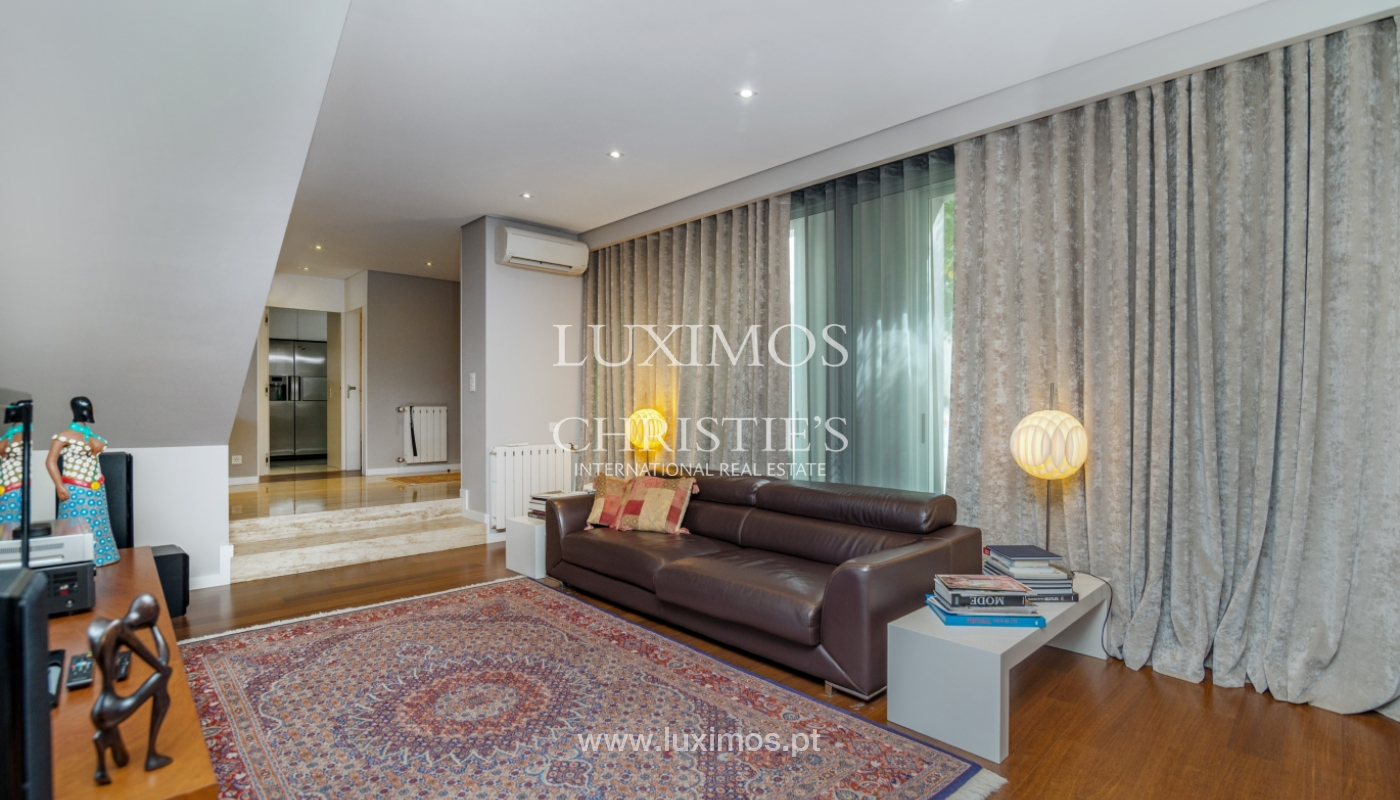 Modern house for sale, near the city park, in Porto, Portugal_136630