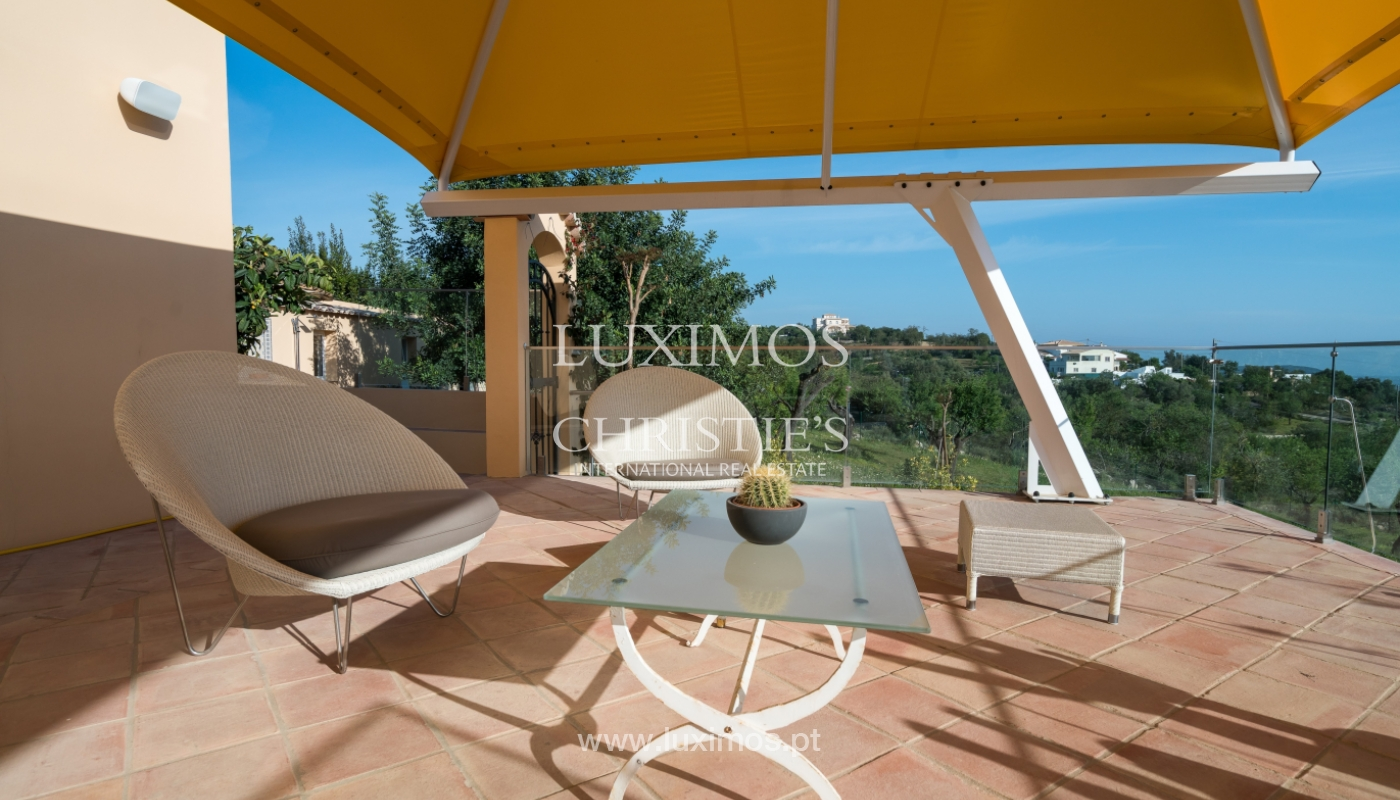 Casa en venta con piscina y jardín en Loulé, Algarve, Portugal_136701