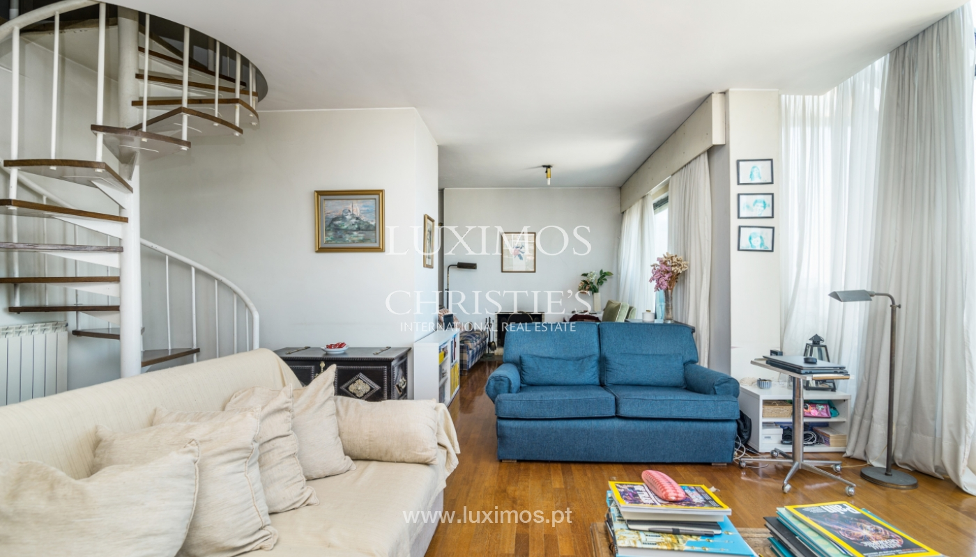 Sale of duplex apartment with balcony and sea views, in Porto, Portugal_136812