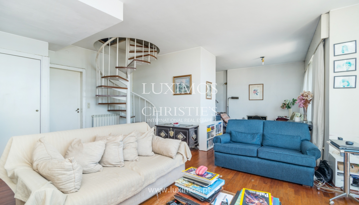 Sale of duplex apartment with balcony and sea views, in Porto, Portugal_136813