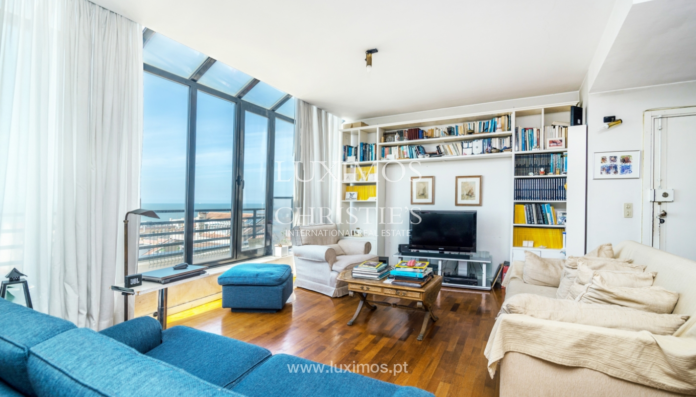 Sale of duplex apartment with balcony and sea views, in Porto, Portugal_136814