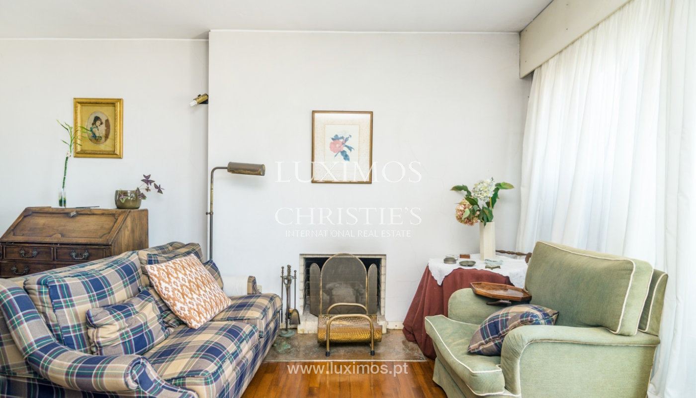 Sale of duplex apartment with balcony and sea views, in Porto, Portugal_136815