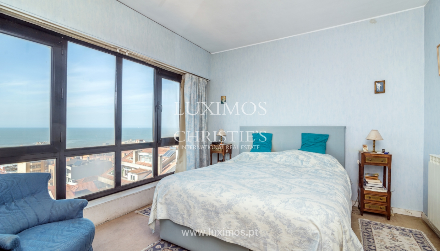 Sale of duplex apartment with balcony and sea views, in Porto, Portugal_136823