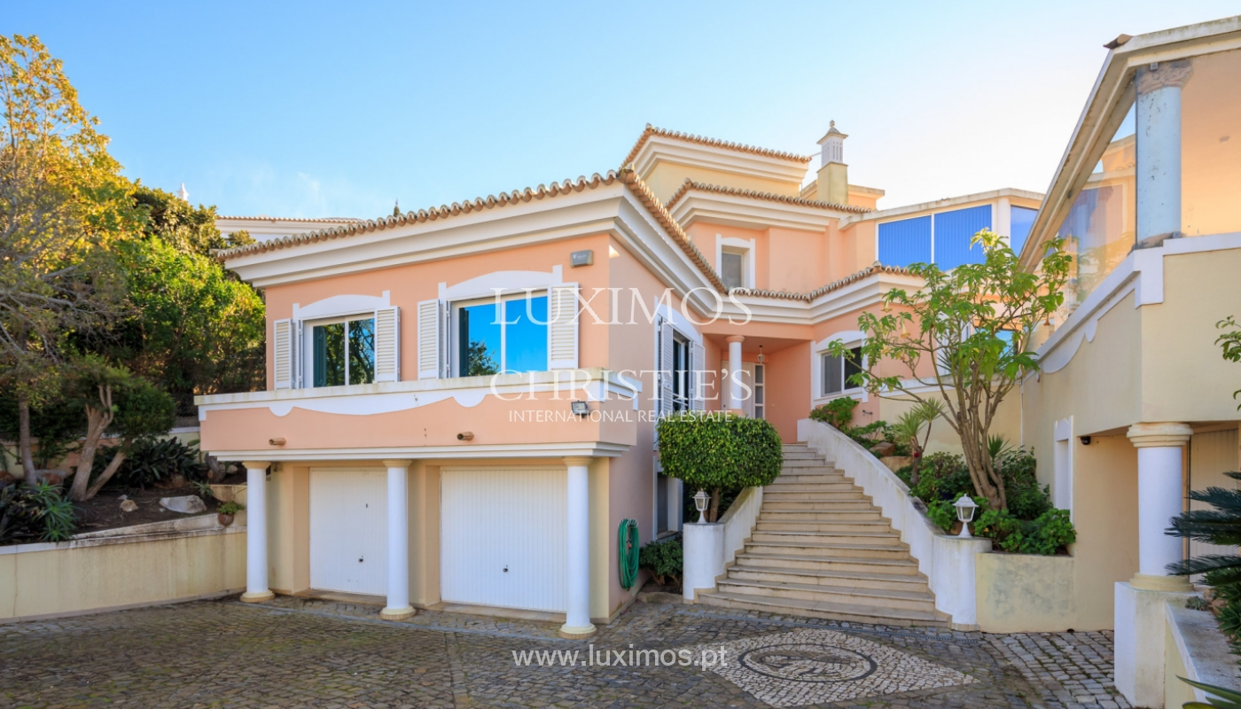 Sale of villa near the sea in Vale do Lobo, Algarve, Portugal_137074