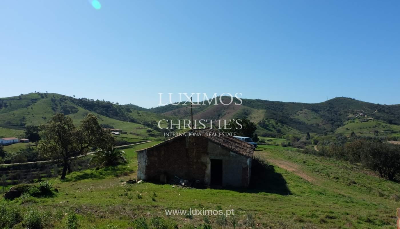 Venda de terreno com casa antiga em São Marcos da Serra, Algarve_137126