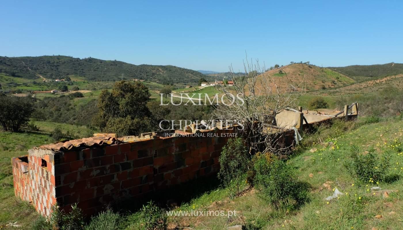 Venda de terreno com casa antiga em São Marcos da Serra, Algarve_137128
