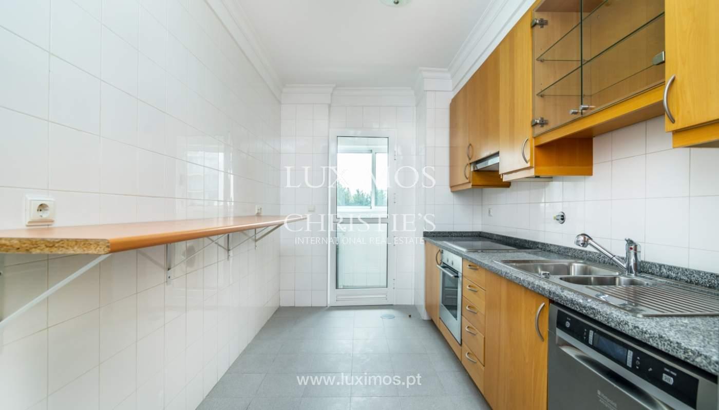 Apartamento moderno, para venda, em Lordelo do Ouro, Porto_138497