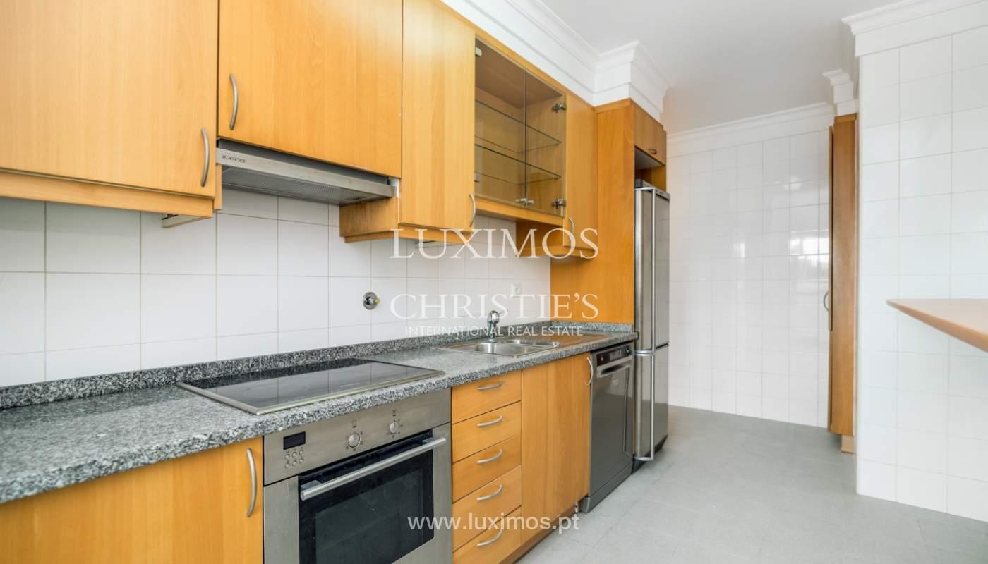 Apartamento moderno, para venda, em Lordelo do Ouro, Porto_138500