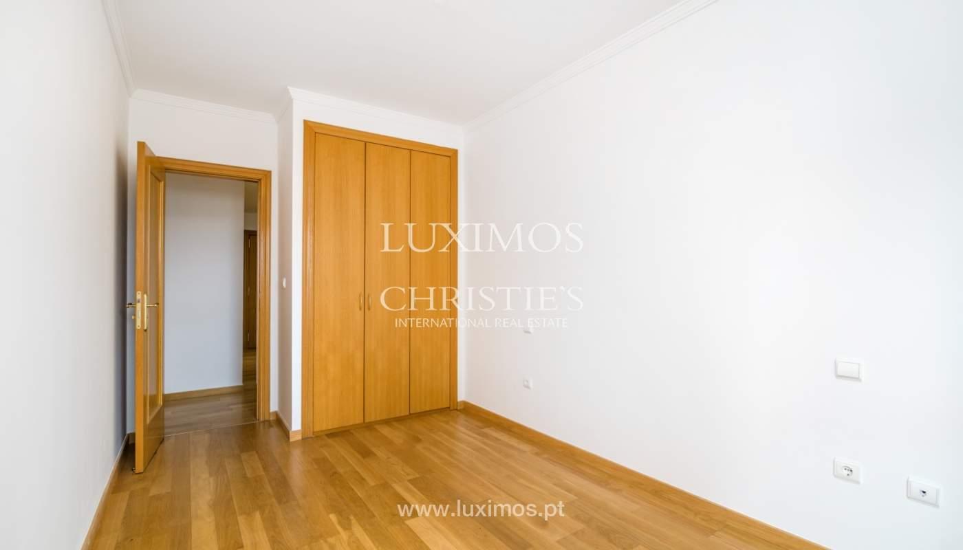 Apartamento moderno, para venda, em Lordelo do Ouro, Porto_138501