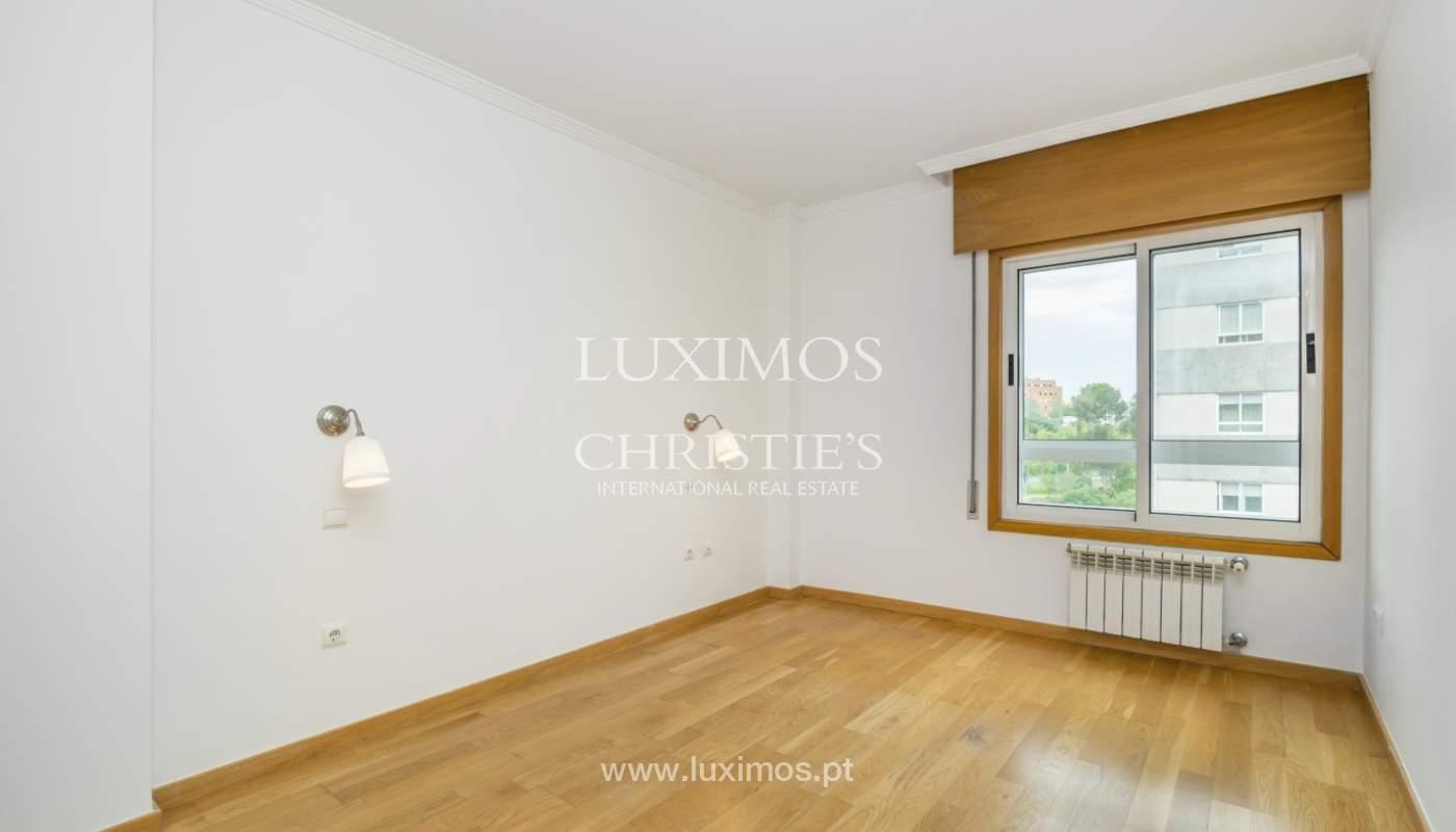 Apartamento moderno, para venda, em Lordelo do Ouro, Porto_138503