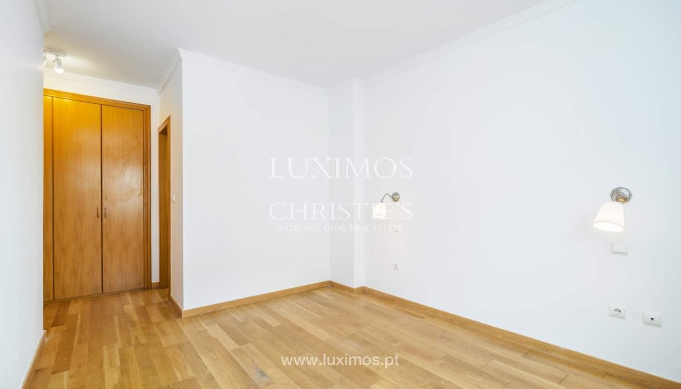Apartamento moderno, para venda, em Lordelo do Ouro, Porto_138504