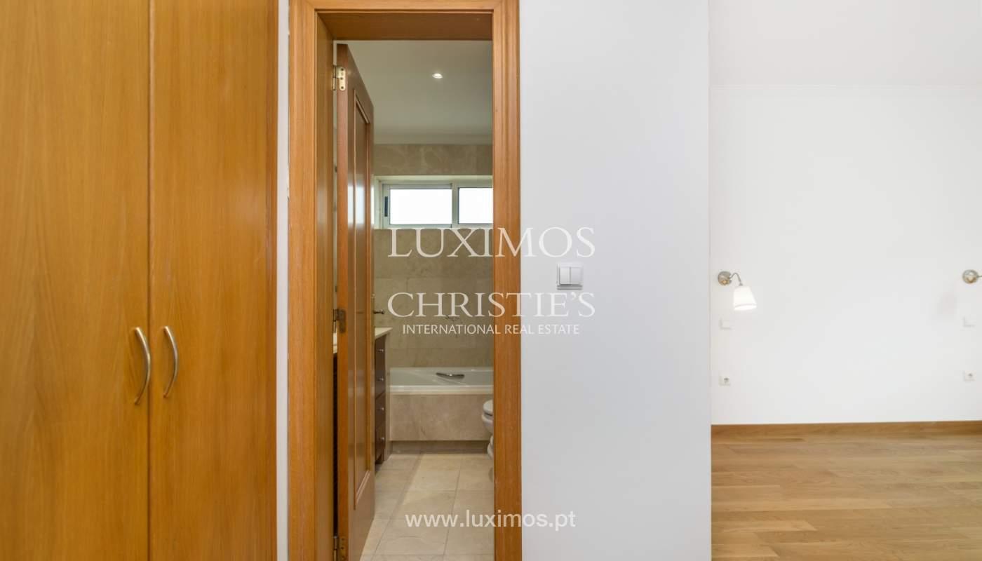 Apartamento moderno, para venda, em Lordelo do Ouro, Porto_138506