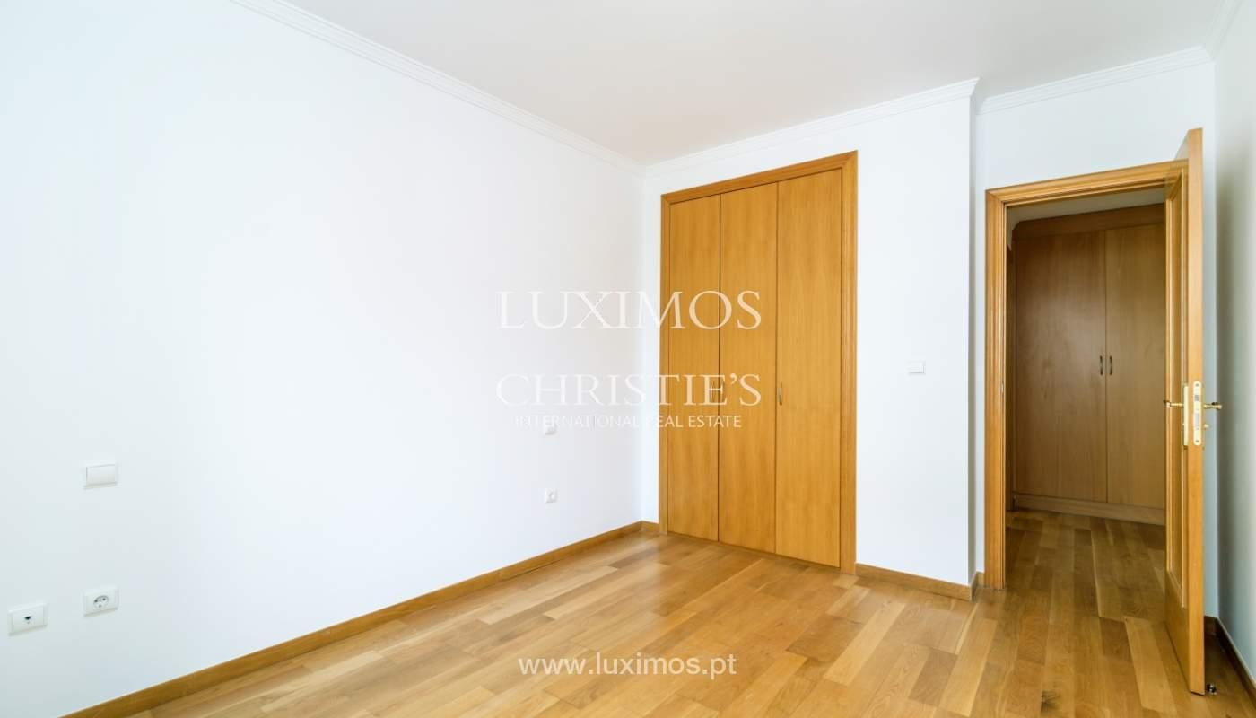 Apartamento moderno, para venda, em Lordelo do Ouro, Porto_138510
