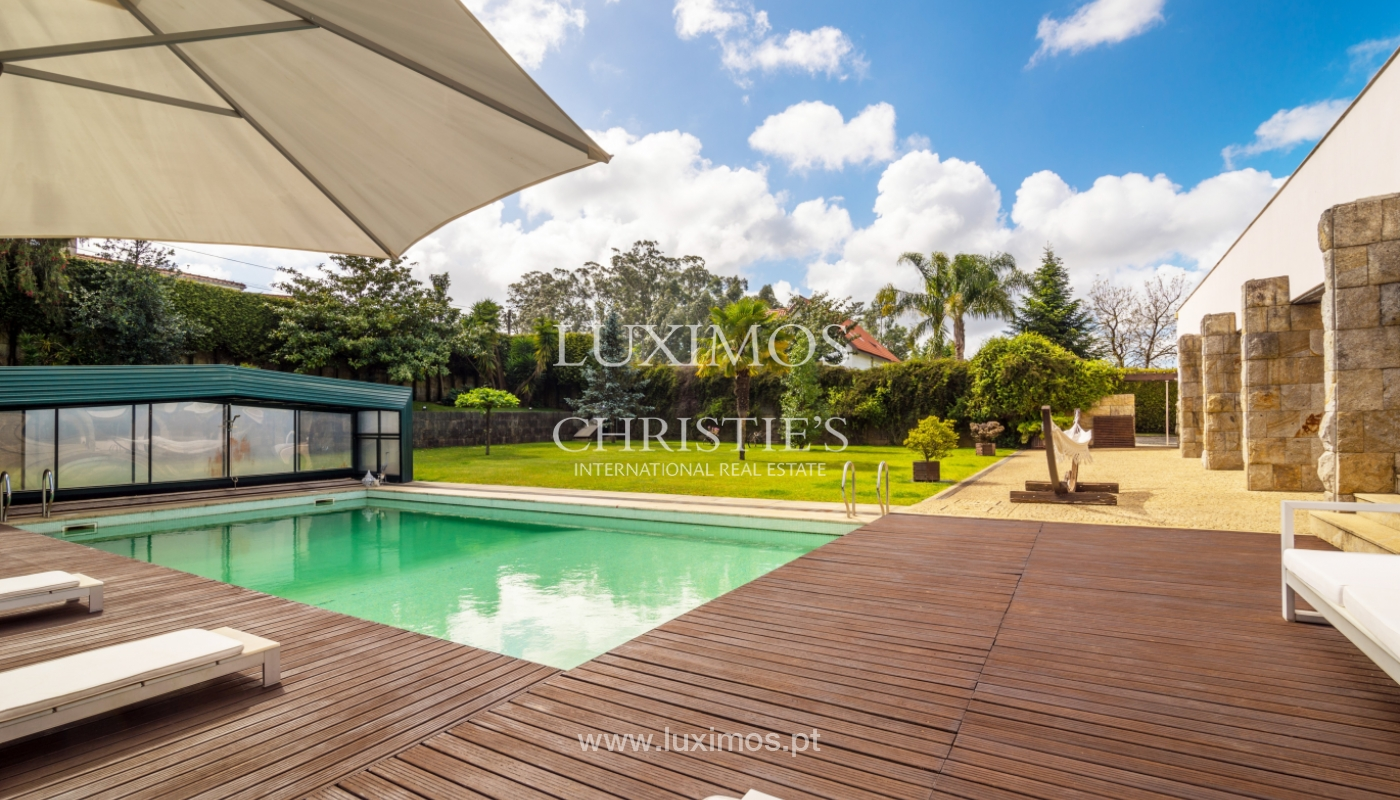 Sale of contemporary luxury villa with pool and garden, Trofa, Portugal_138798