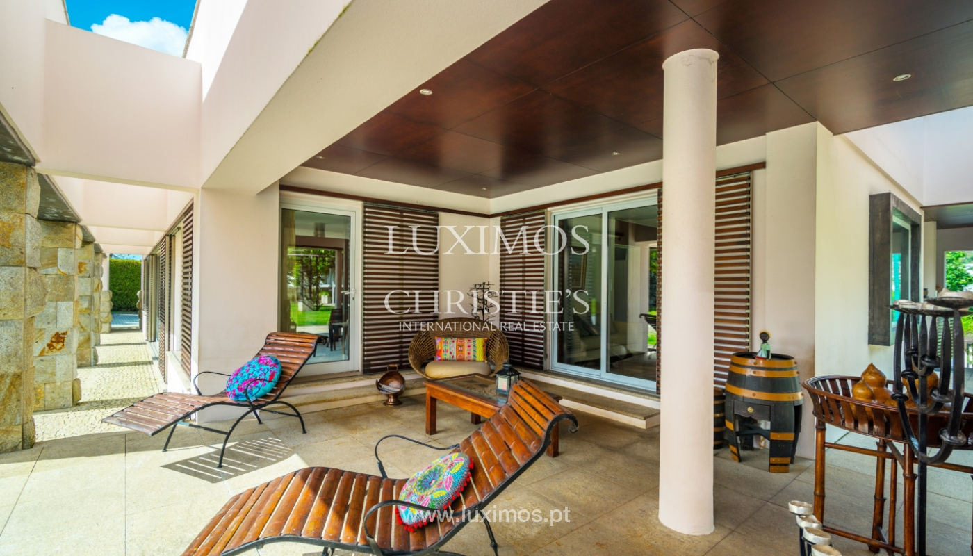 Sale of contemporary luxury villa with pool and garden, Trofa, Portugal_138799