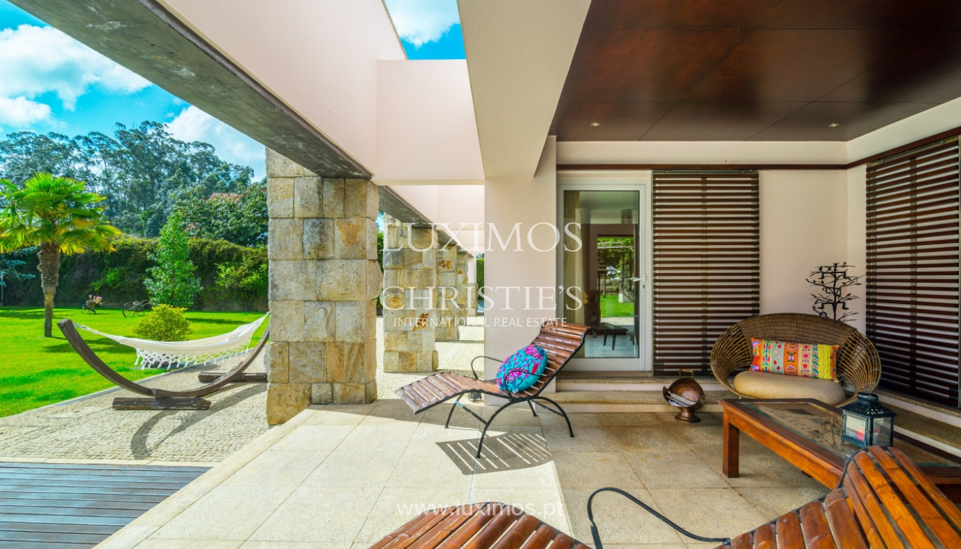 Sale of contemporary luxury villa with pool and garden, Trofa, Portugal_138800