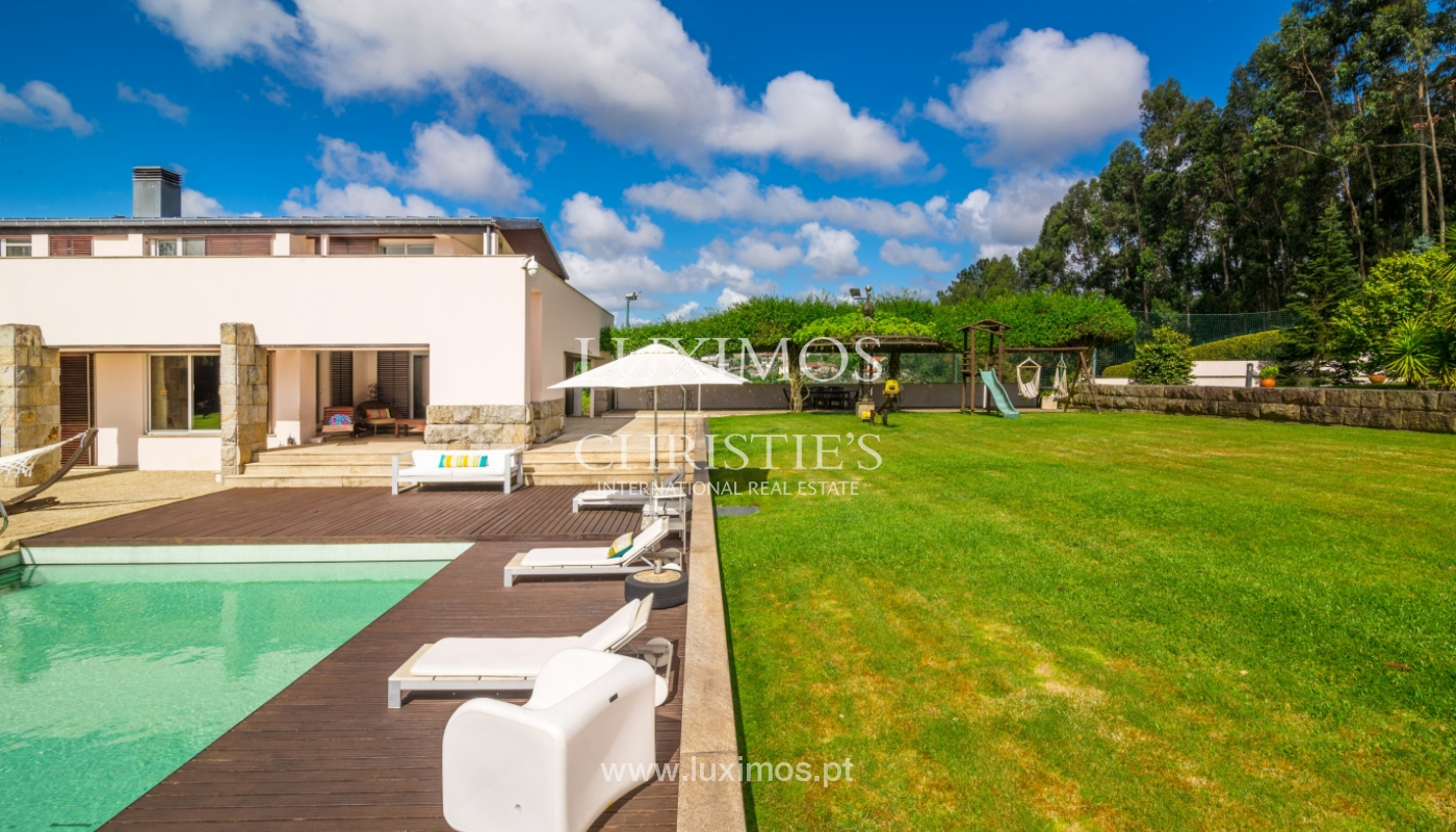 Sale of contemporary luxury villa with pool and garden, Trofa, Portugal_138802