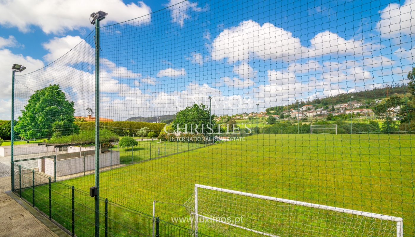Sale of contemporary luxury villa with pool and garden, Trofa, Portugal_138803