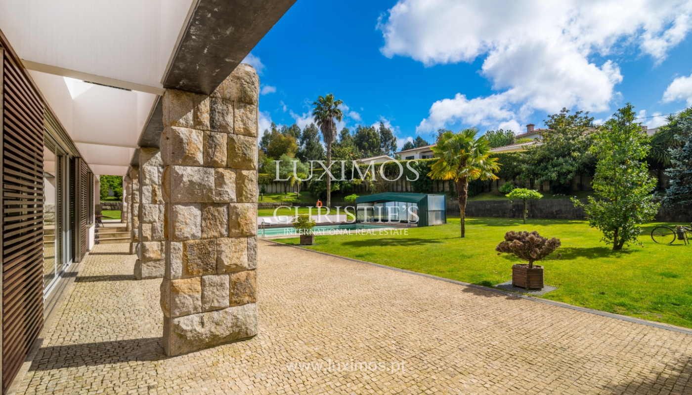 Sale of contemporary luxury villa with pool and garden, Trofa, Portugal_138804