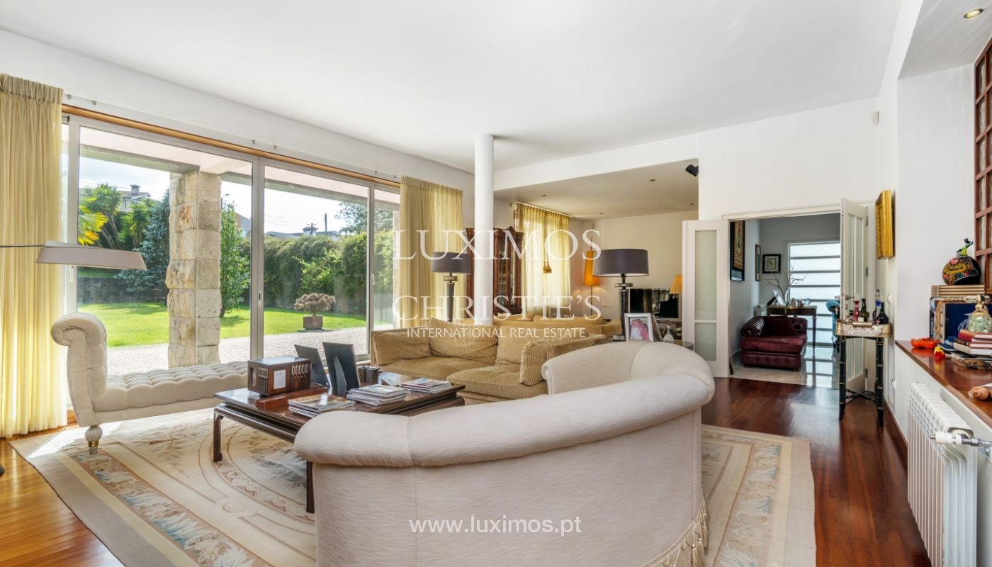 Sale of contemporary luxury villa with pool and garden, Trofa, Portugal_138813