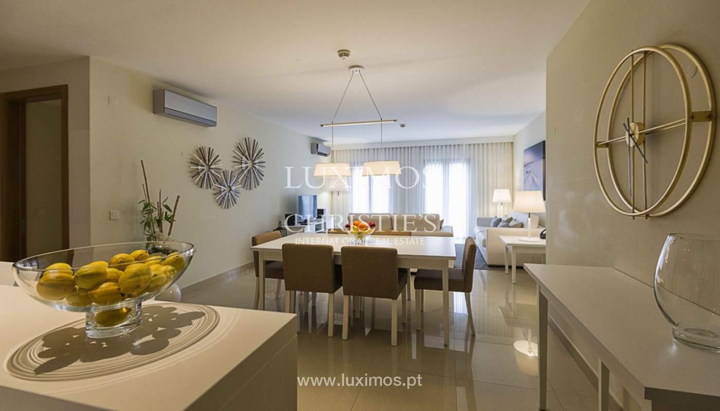 Sale of contemporary apartment in exclusive Golf Resort, Algarve._139235