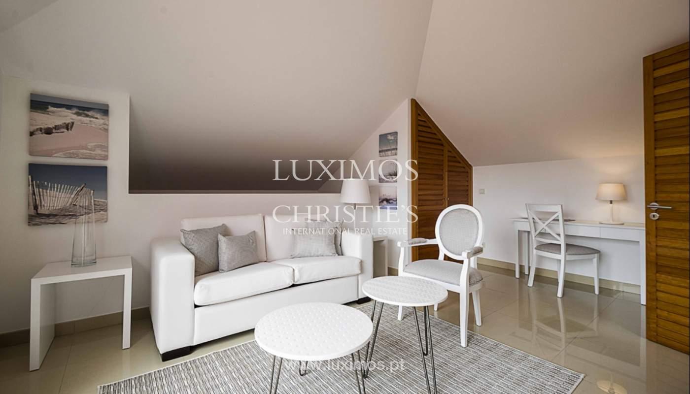 Sale of contemporary apartment in exclusive Golf Resort, Algarve._139239