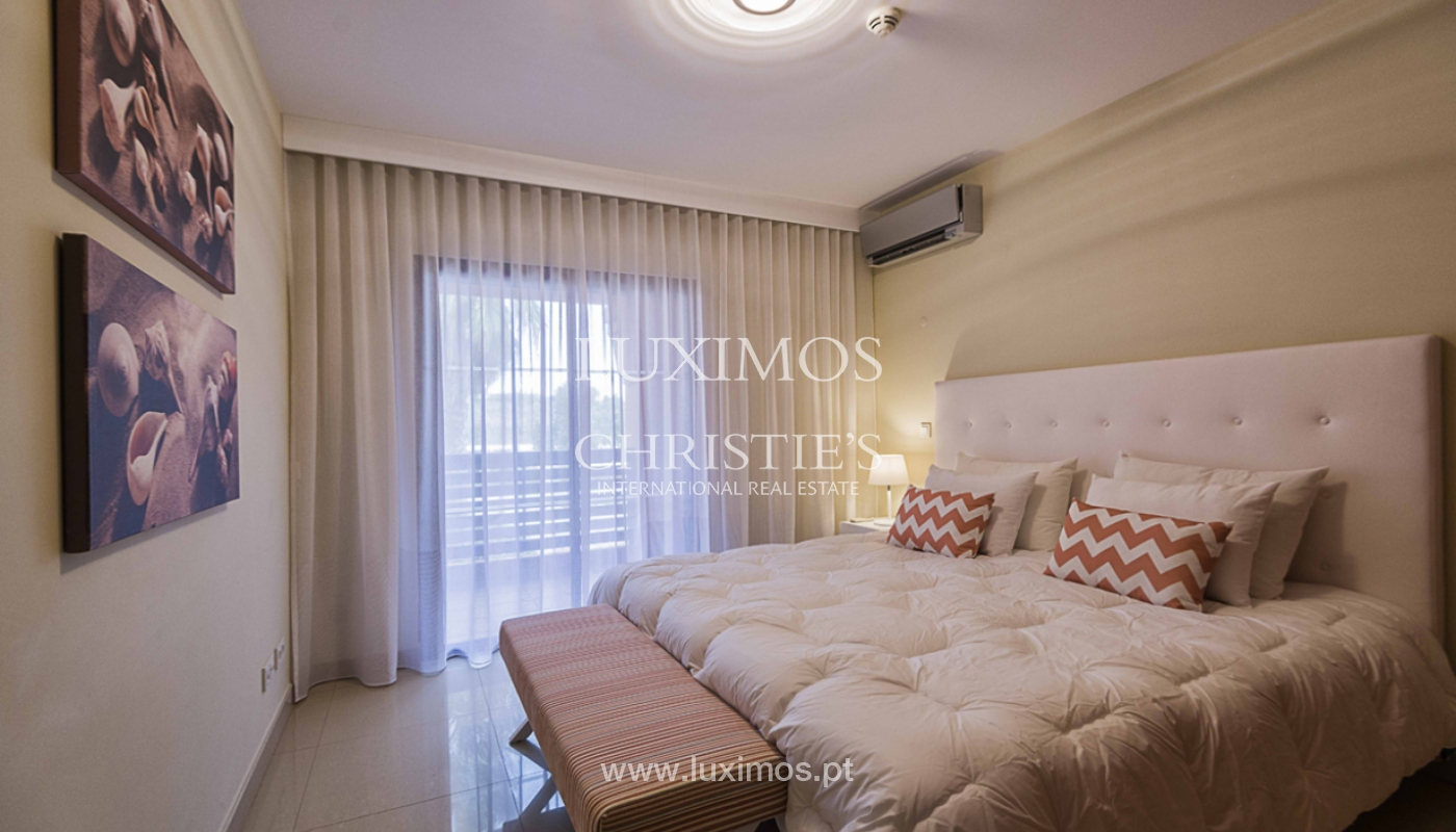 Sale of contemporary apartment in exclusive Golf Resort, Algarve._139243
