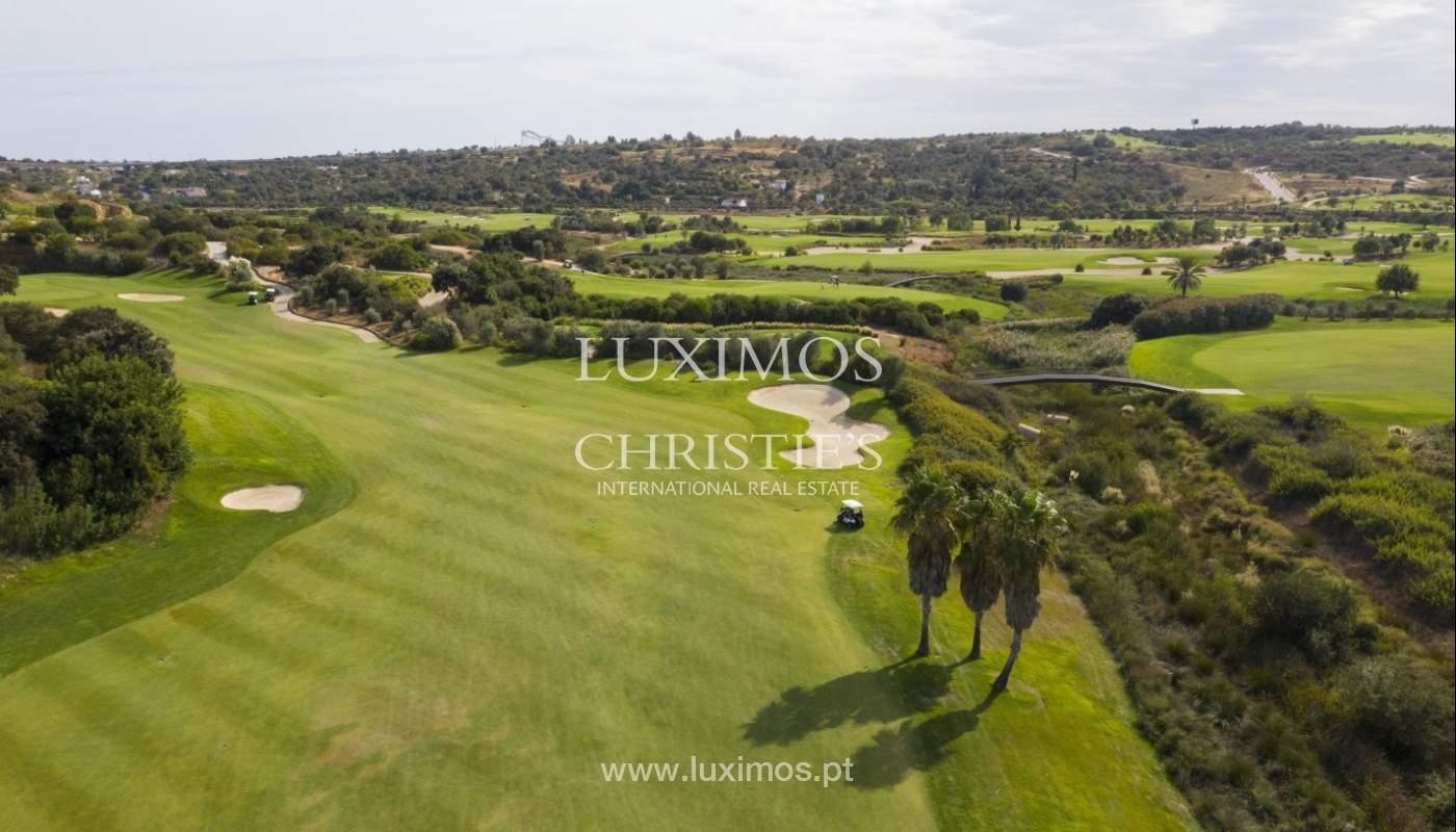 Sale of contemporary apartment in exclusive Golf Resort, Algarve._139252