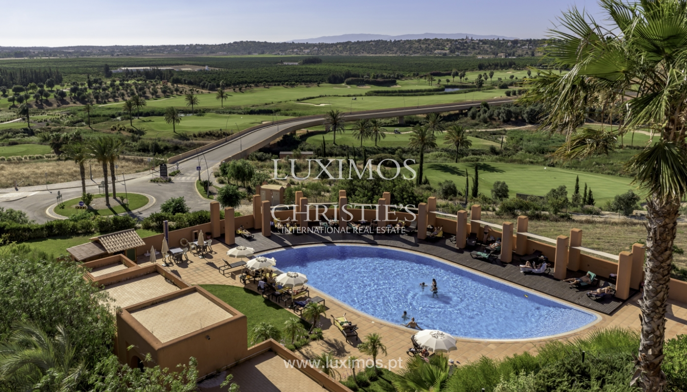 Sale of contemporary apartment in exclusive Golf Resort, Algarve._139253