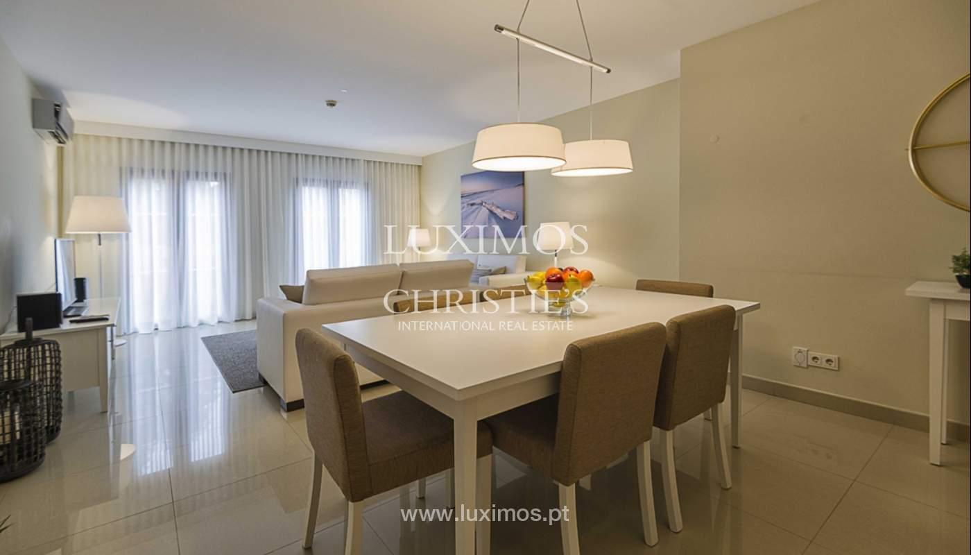 Sale of contemporary apartment in exclusive Golf Resort, Algarve._139254