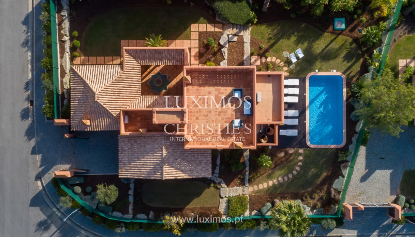 Sale of detached villa with private pool in Central Algarve, Portugal_139366