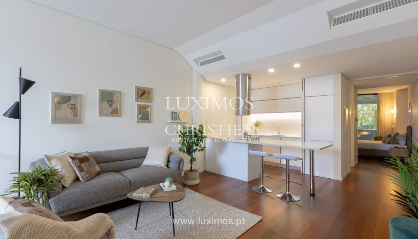 Appartement neuf et moderne, avec vue sur le fleuve, V. N. Gaia_139593