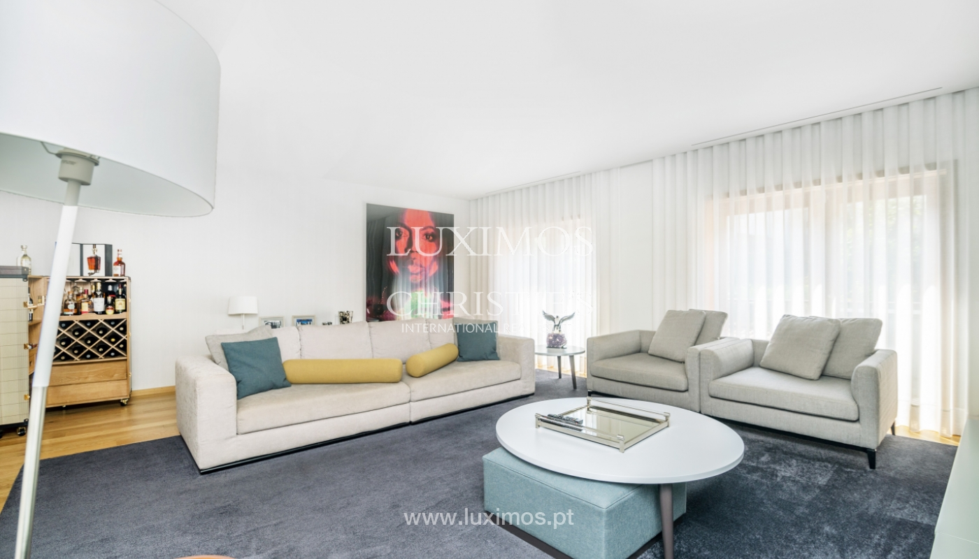 Remodeled house with terrace, for sale, near the centre of Porto, Portugal_139679
