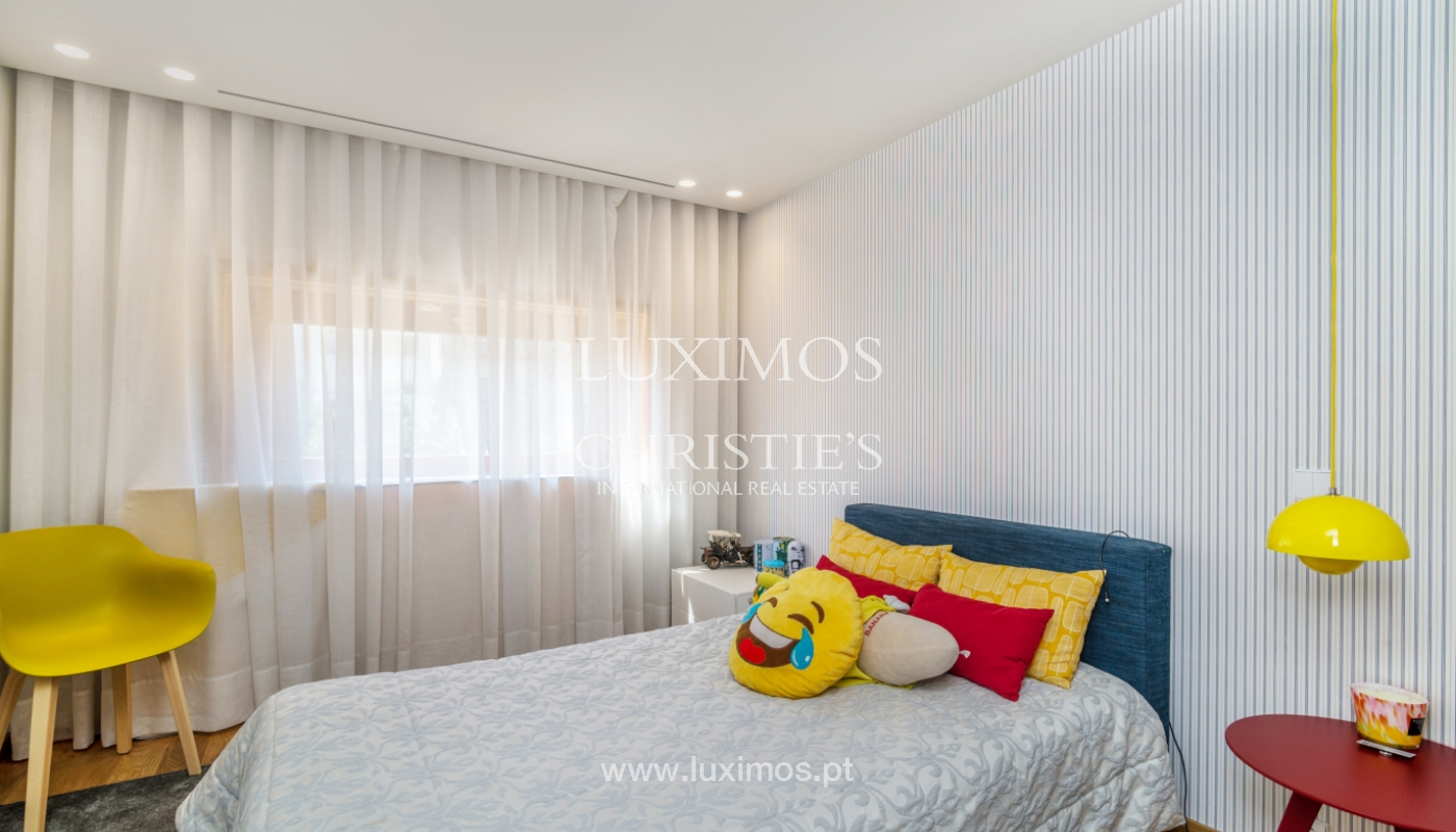 Remodeled house with terrace, for sale, near the centre of Porto, Portugal_139693