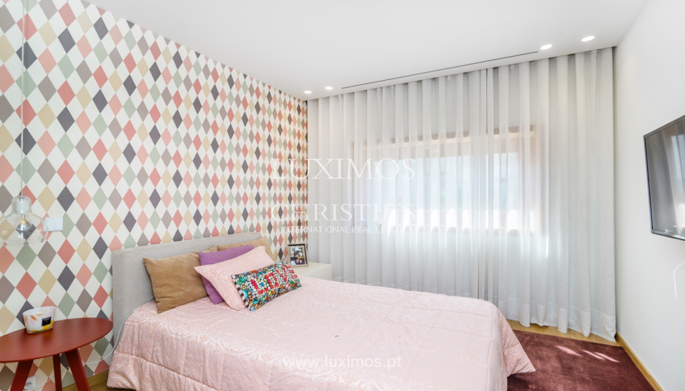 Remodeled house with terrace, for sale, near the centre of Porto, Portugal_139694