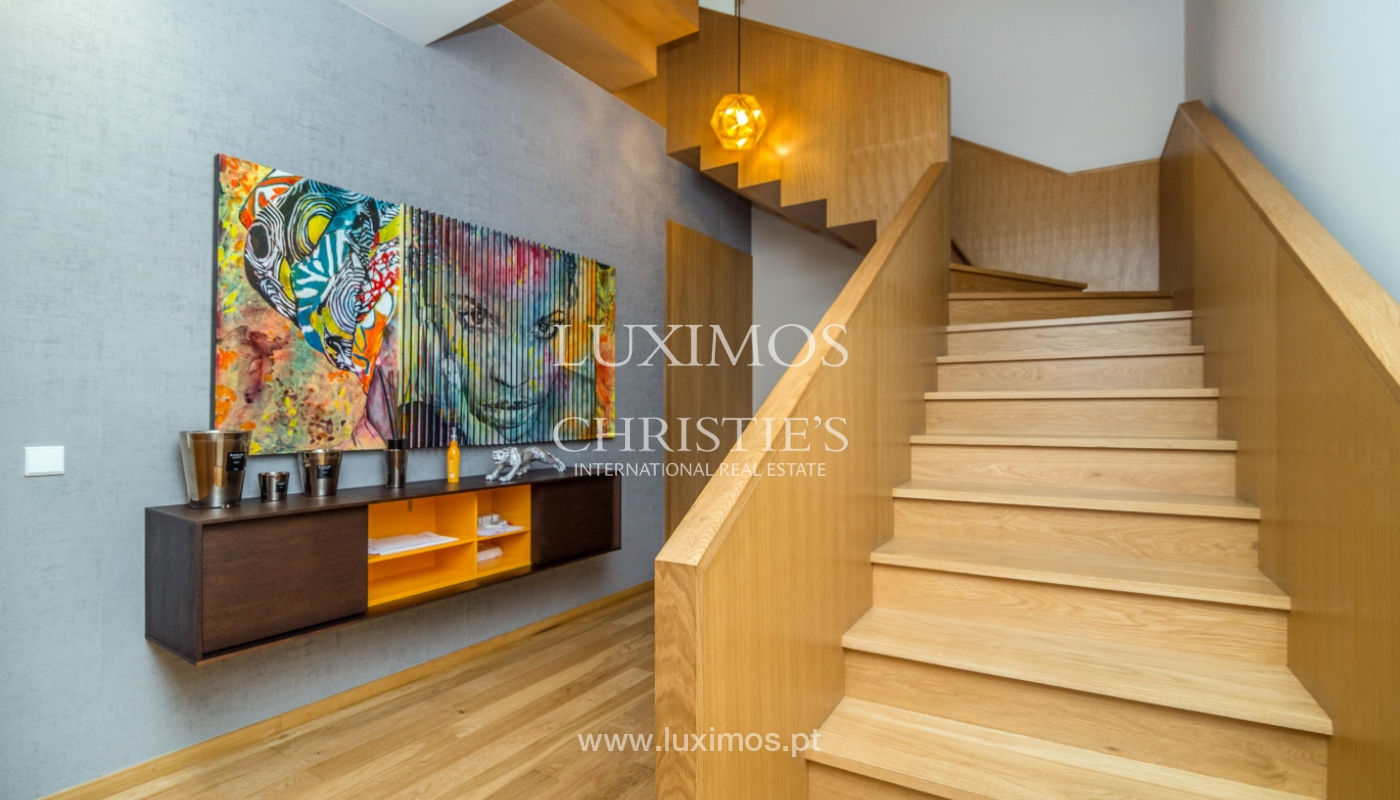 Remodeled house with terrace, for sale, near the centre of Porto, Portugal_139697